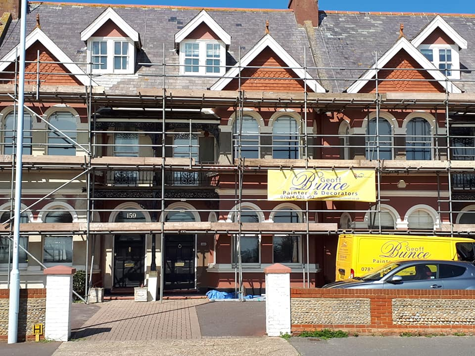 GBunce scaffolding exterior decoration
